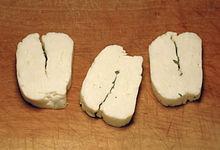 aupload.wikimedia.org_wikipedia_commons_thumb_d_de_Halloumi_1.jpg_220px_Halloumi_1.jpg